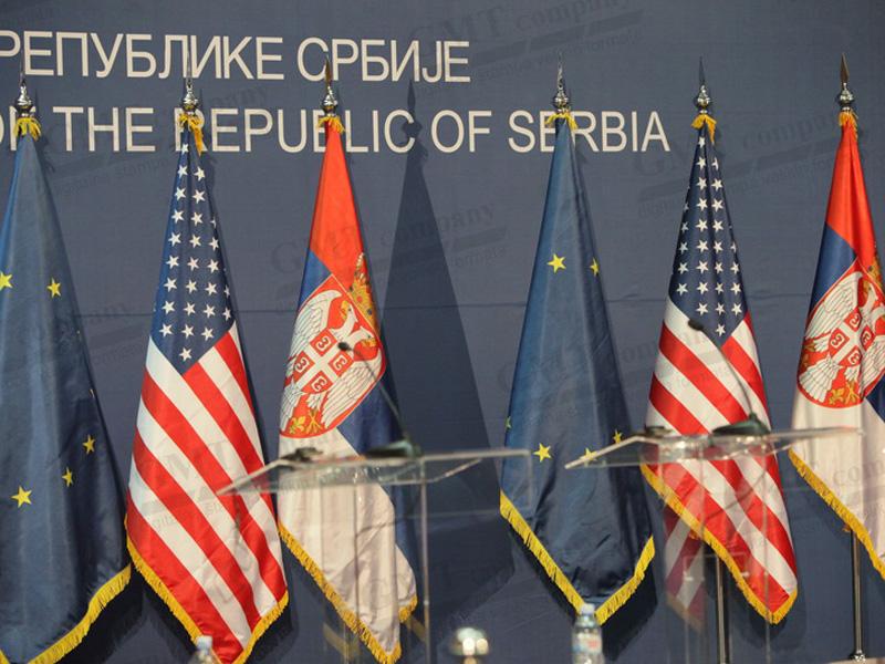 Zastave za unutrašnju dekoraciju.